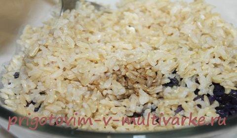 Салат с красной капустой и рисом