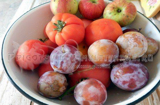 сливы и помидоры для кетчупа