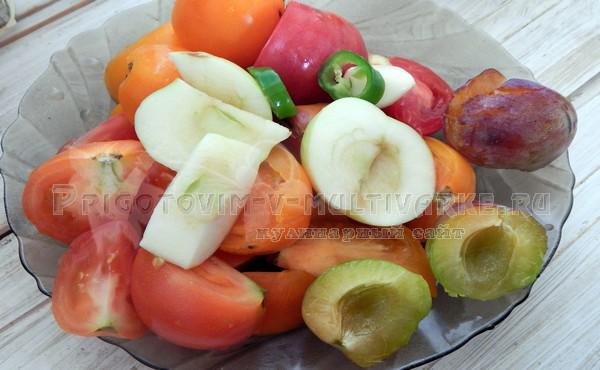 помидоры, сливы для соуса