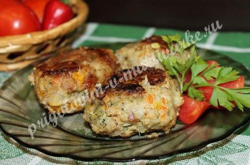 Жареные котлеты из мяса и овощей в мультиварке: рецепт с фото
