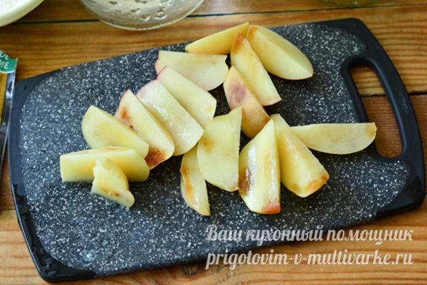 нарезанные персики