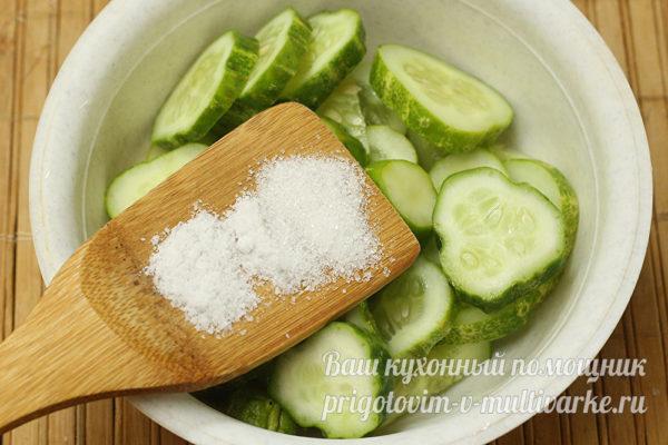 солим и сахарим огурцы