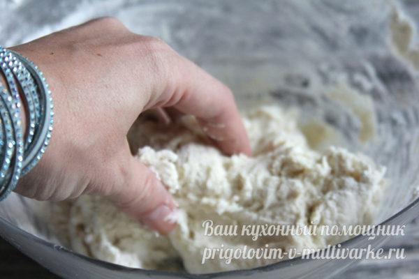 замешиваем тесто