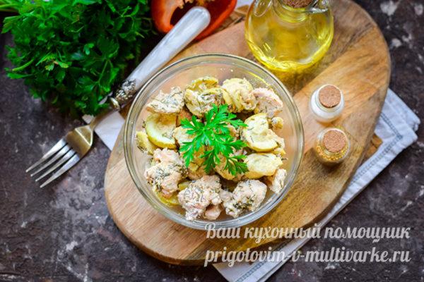 запеченное филе с овощами