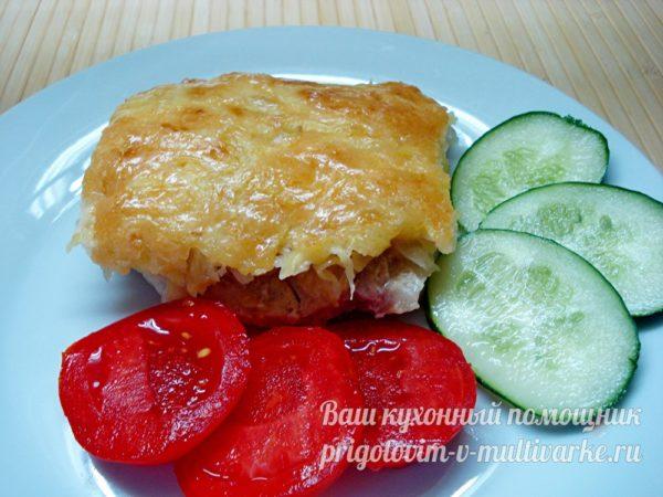 подаем блюдо с овощами