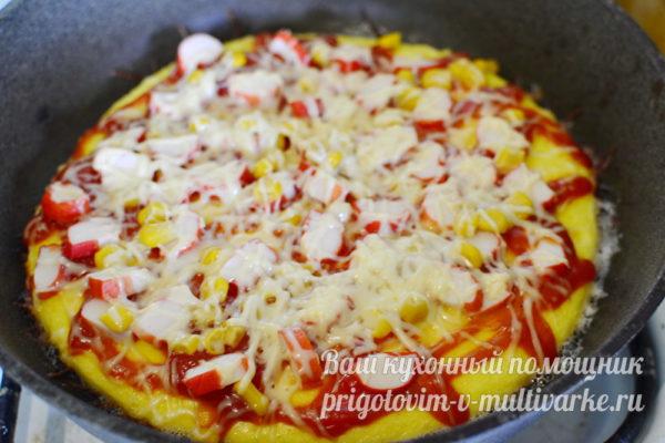 жарим пиццу под крышкой