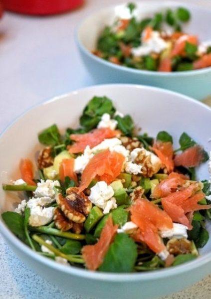 Новогодний рецепт салата с красной рыбой