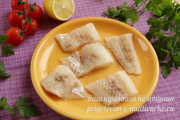 солим и перчим рыбу