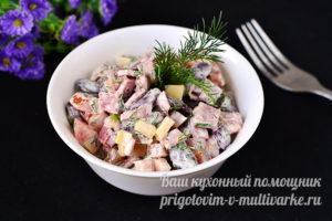 """Салат """"Обжорка"""" с фасолью"""