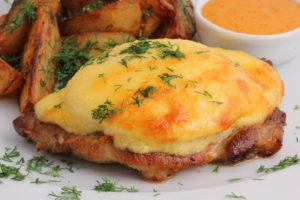 Рецепт сочного мяса по-французски