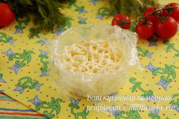 кладем тертый сыр