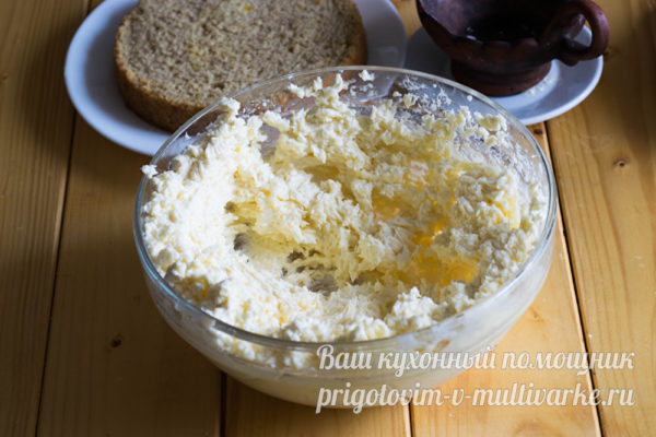 смешиваем вместе с сыром