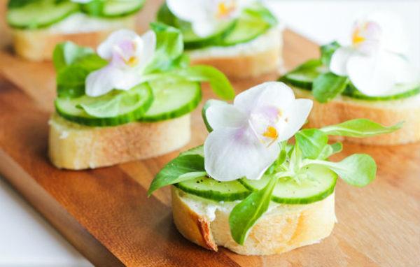"""Бутерброды """"Белые цветы"""""""