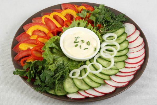 Декоративная нарезка овощей и фруктов