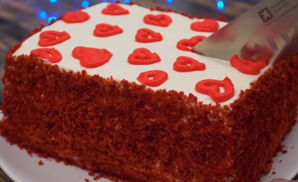 Торт красный бархат прямоугольной формы