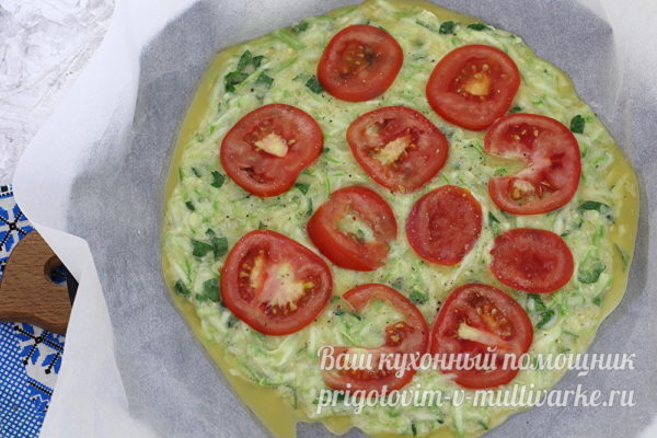 выложить томаты
