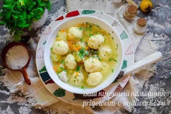 суп из сырными шариками