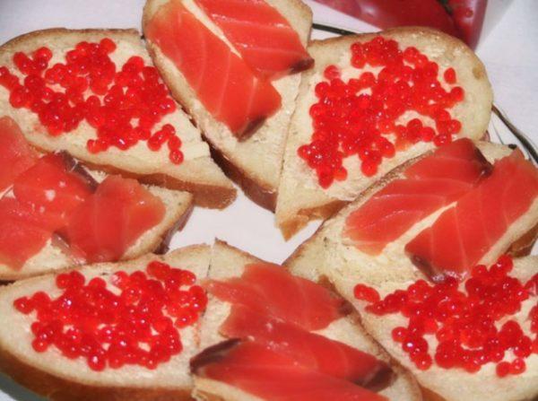 бутерброды с красной икро