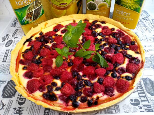 Творожный пирог с ягодами в духовке: рецепт пошагово с фото