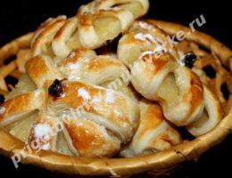Ананасы в тесте на десерт