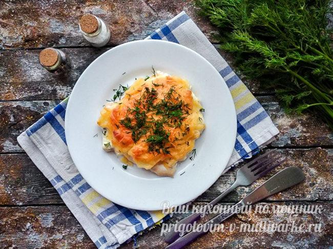 Куриное филе с ананасами и сыром