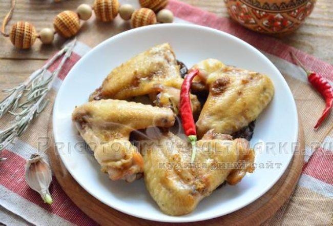 Куриные крылышки в мультиварке: рецепт с фото