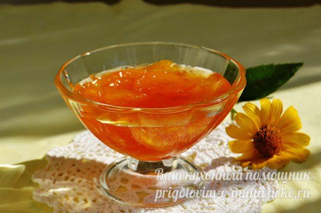 Варенье из персиков в креманке